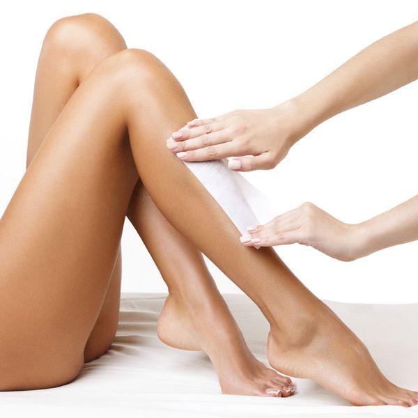 Эпиляция воском ноги с коленями