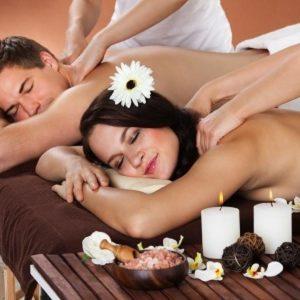 Спа программа для двоих «Двойное удовольствие» составлена так, чтобы в мужской программе были любимые мужчинами процедуры, а в женской – популярные у прекрасного пола спа процедуры. Это 2 часа удовольствия и оздоровления для двоих! Спа программа для двоих в включает изысканные и полезные процедуры, такие как: инфракрасная сауна, релакс массаж, нежный пилинг тела, водорослевое обертывание, сеанс в термоодеялеароматное чаепитие. Спа программа для двоих проходит в атмосфере роскоши и неги, среди натуральных ароматов, мерцания свечей, уютных халатов и музыки для релакса. Для него: ИК сауна, релакс массаж тела Для нее: пилинг тела с легким массажем, водорослевое обертывание в термоодеяле Совместное чаепитие с медом Манука и сухофруктами